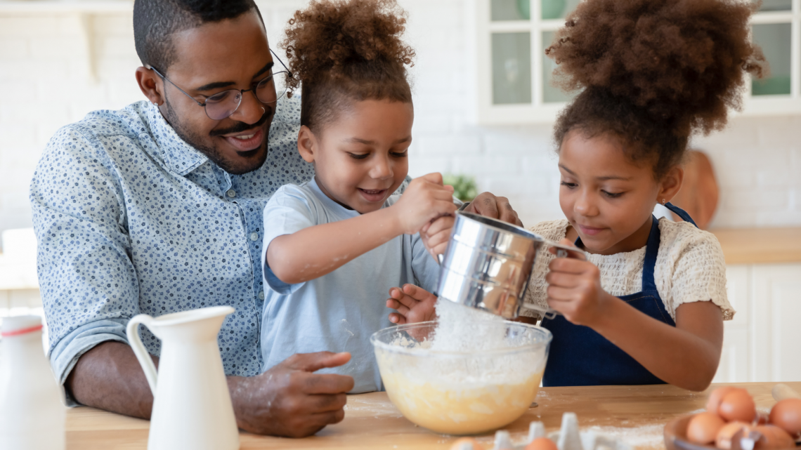kids baking with dad
